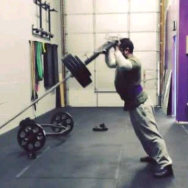 How to do: Standing Viking Press - Step 2