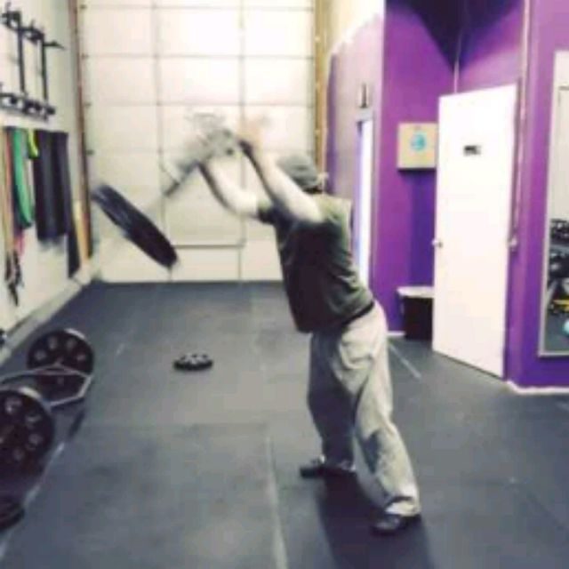 How to do: Standing Viking Press - Step 3