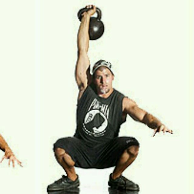 How to do: Kettlebell Sots Press - Step 3