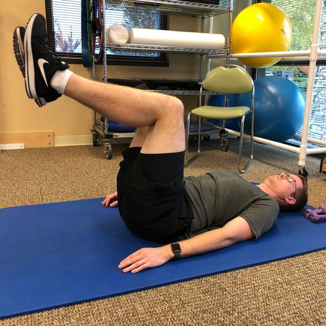 How to do: Pelvic Tilt With Lower Extremity Bicycle - Step 1