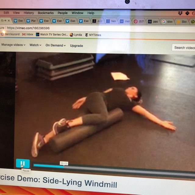 How to do: Side Lying Windmill - Step 1