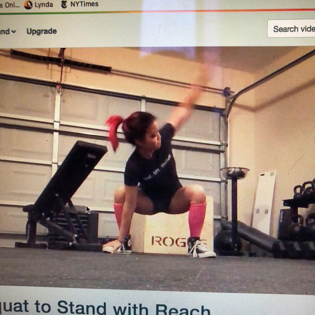 How to do: Squat Reach - Step 1