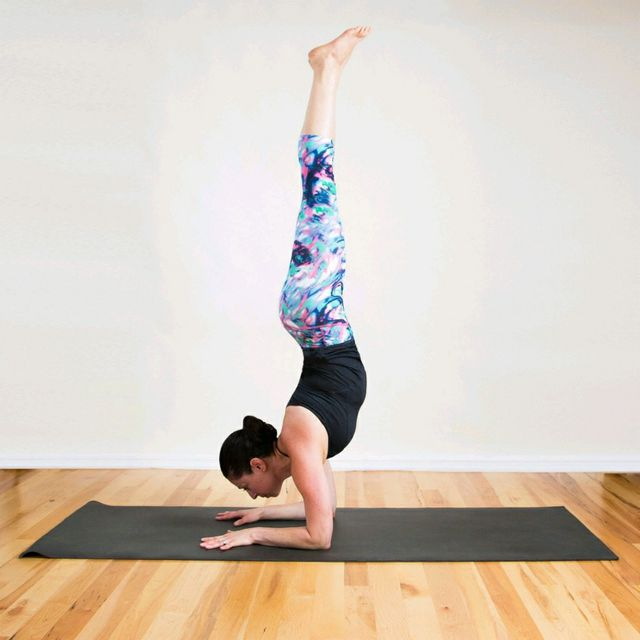 How to do: Forearm Stand - Step 1
