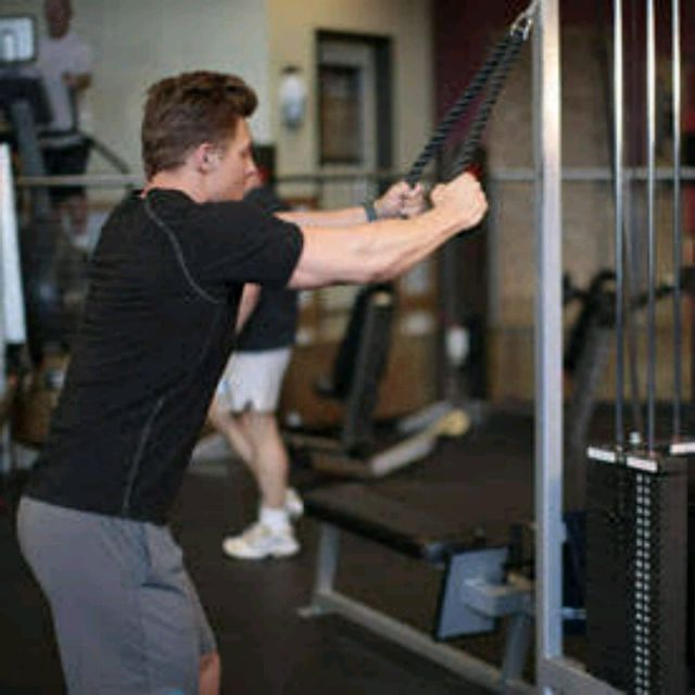 How to do: Rope straight arm Pull downs - Step 1