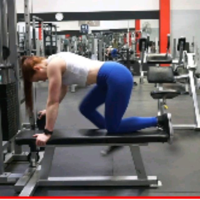 How to do: Kneeling CABLE Hip Extensions - Step 3