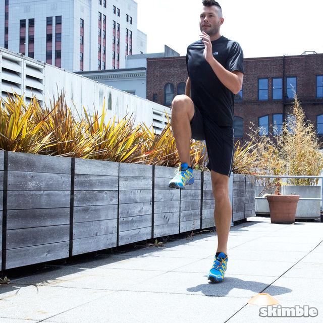 How to do: Jog Backwards - Step 2