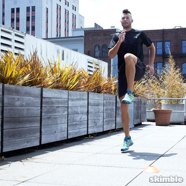 How to do: Jog Backwards - Step 3