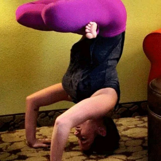How to do: Lotus In Tripod Headstand - Step 1
