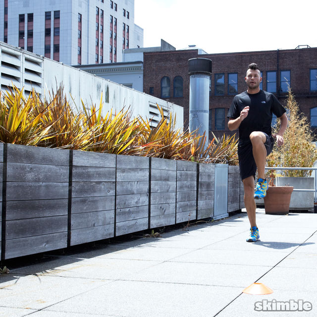 How to do: Jog Backwards - Step 5