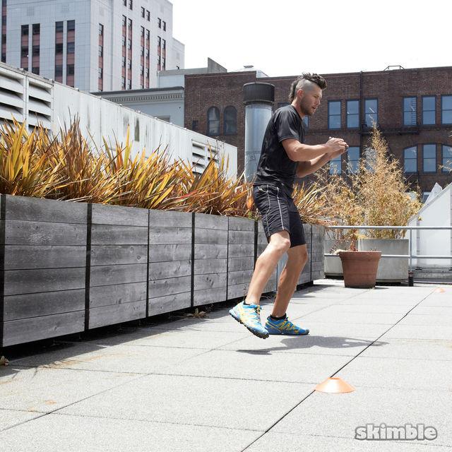 How to do: Side Lunge Shuffle Hops - Step 6