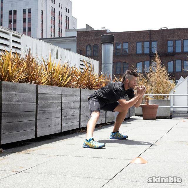 How to do: Side Lunge Shuffle Hops - Step 4