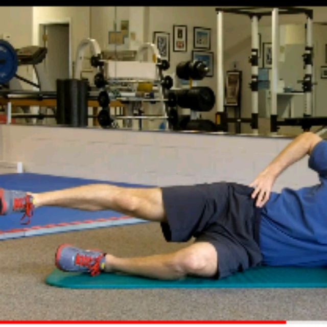 How to do: Right Lying Slow Lateral Leg Raises (minimal ROM) - Step 1