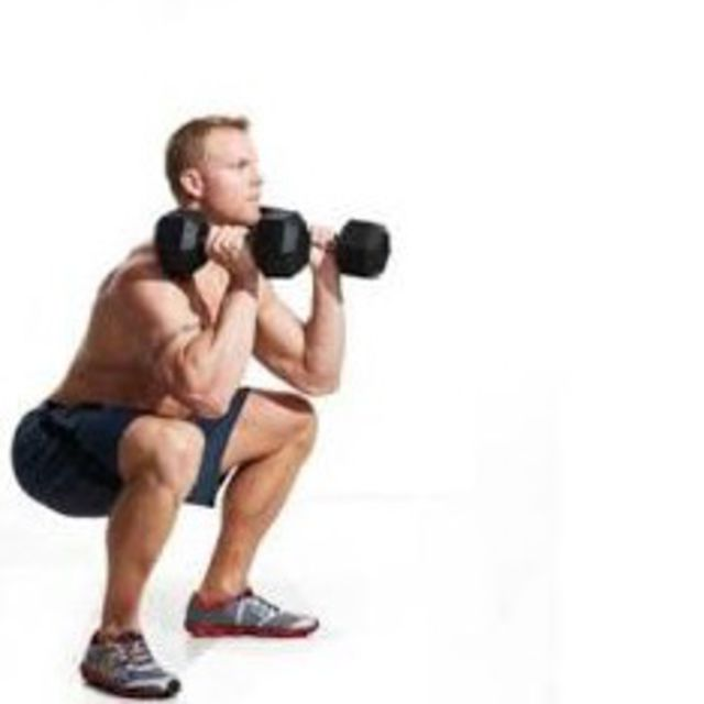 How to do: Dumbbell Front Squat - Step 2