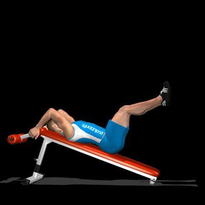Alzate gambe su panca reclinata