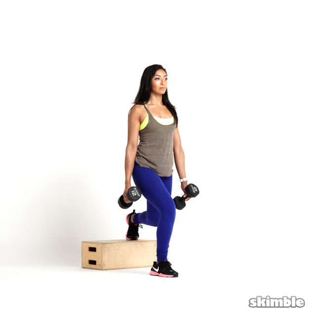 How to do: Right Bulgarian Split Squats with Dumbbells - Step 2