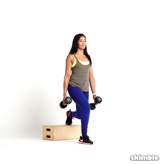 How to do: Right Bulgarian Split Squats with Dumbbells - Step 4
