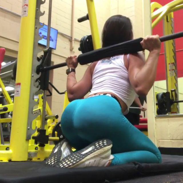 How to do: Smith Machine Kneeling Squats - Step 2