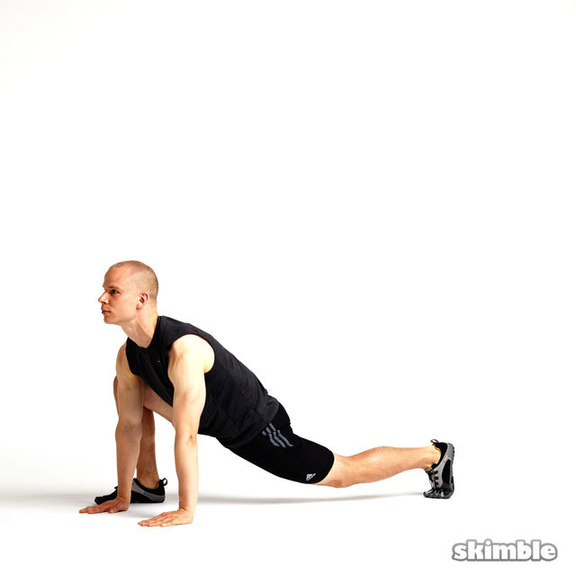How to do: Outside Runners Lunges - Step 1