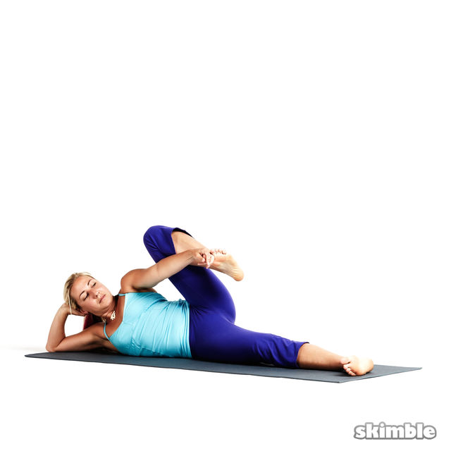 How to do: Right Side-Reclining Leg Lift - Step 3