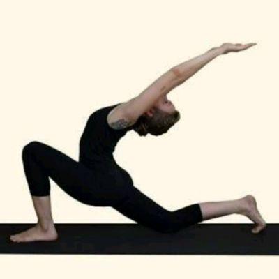 chandra namaskara🌙moon salutationtraditional hatha