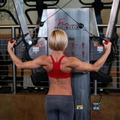 Rear Delt Cable Rows
