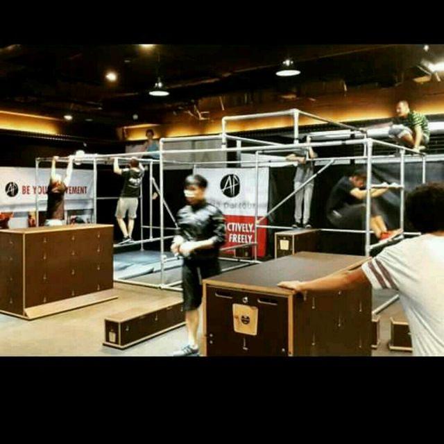 Hypnotic Indoor Parkour