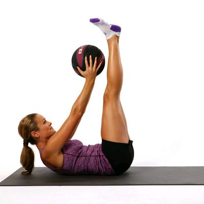 Crunch Pulses With Medicine Ball