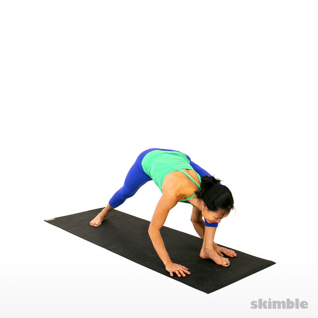 How to do: Left Visvamitrasana - Step 2