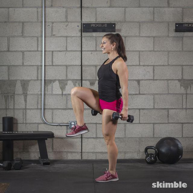 How to do: Dumbbell Single Leg Seesaws - Step 8