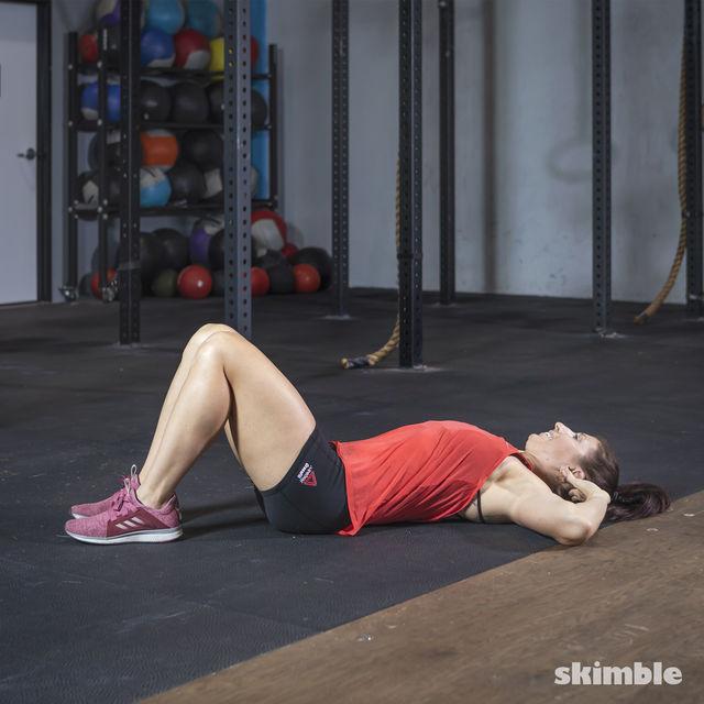 How to do: Oblique Crunches - Step 1
