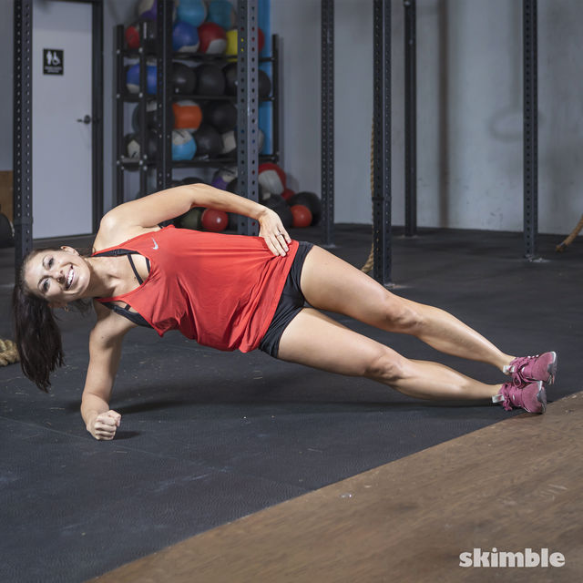 How to do: Side Plank Dips - Step 2