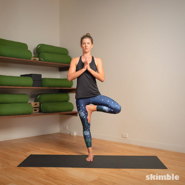 How to do: Hot Style Tree Pose - Step 6