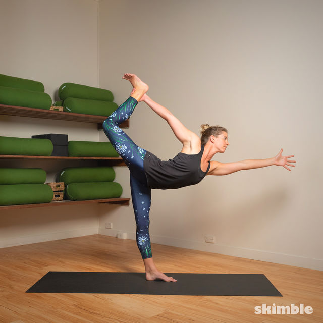 How to do: Standing Bow Pose - Step 5