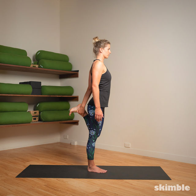 How to do: Standing Bow Pose - Step 9
