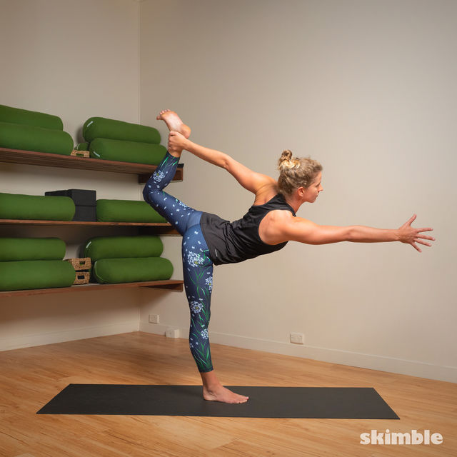 How to do: Standing Bow Pose - Step 11