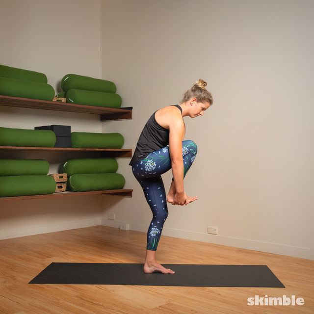How to do: Standing Head to Knee Pose - Step 2