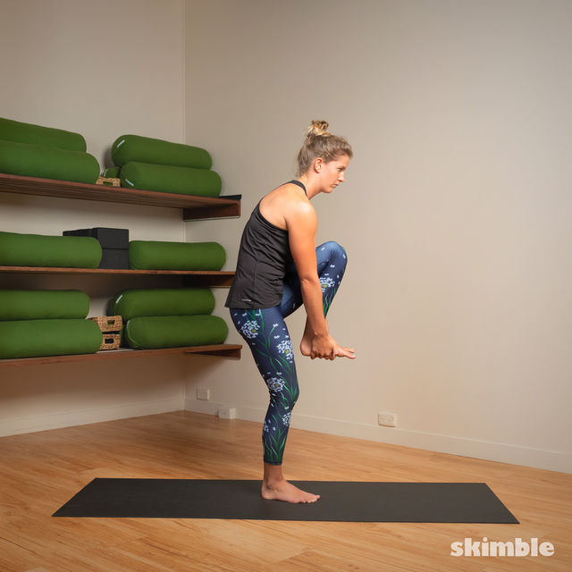 How to do: Standing Head to Knee Pose - Step 10