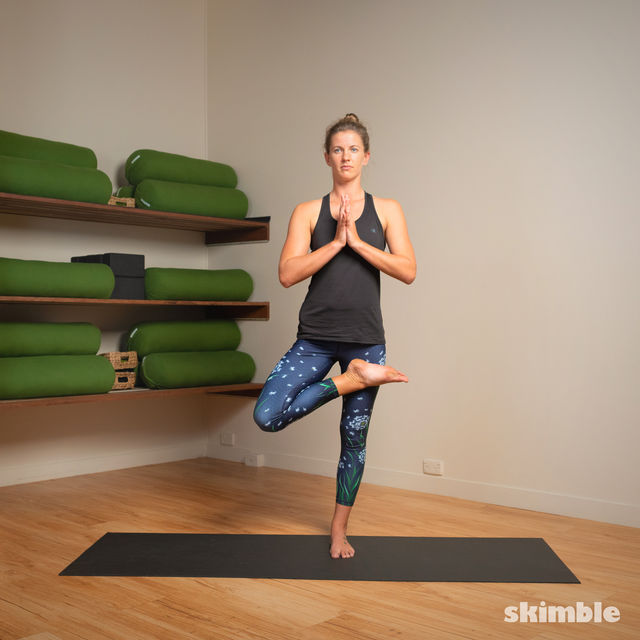 How to do: Toe Stand - Step 2