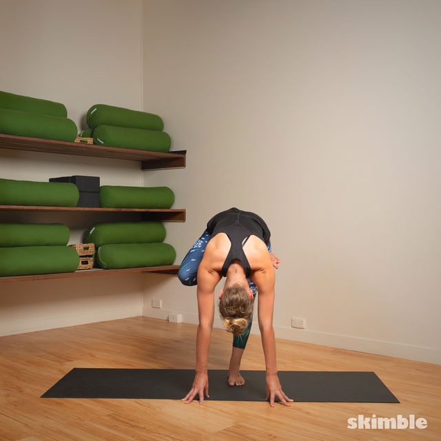 How to do: Toe Stand - Step 7