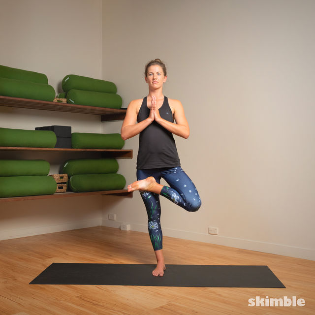 How to do: Toe Stand - Step 10