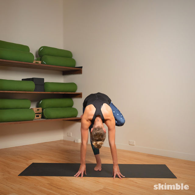 How to do: Toe Stand - Step 11