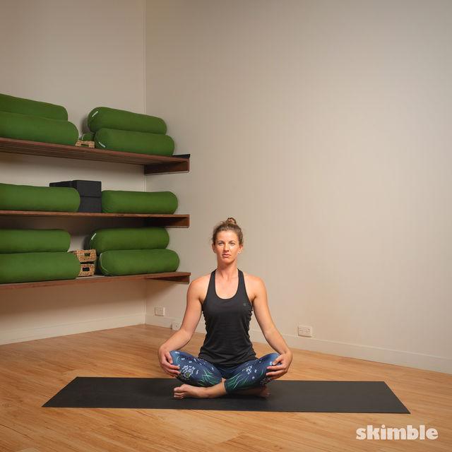 How to do: Head to Knee Pose - Step 11