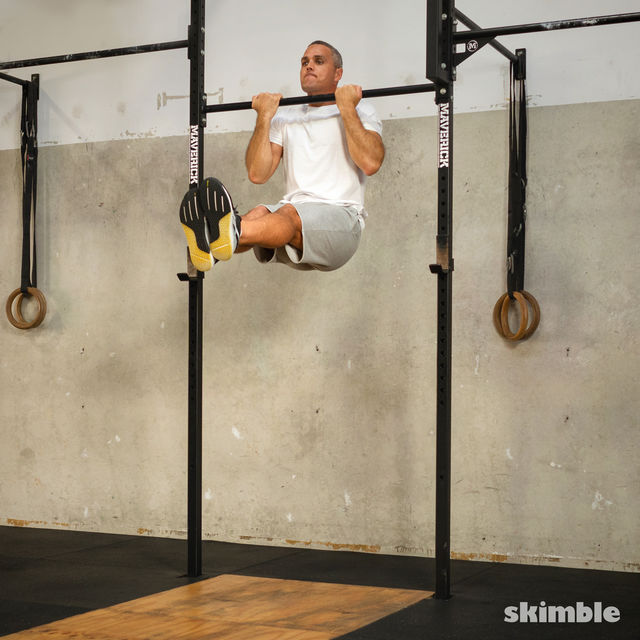 How to do: L Chin-Ups - Step 4