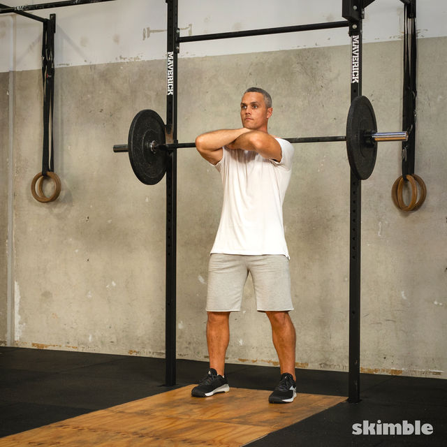 How to do: Front Barbell Squat Cross Arms - Step 3