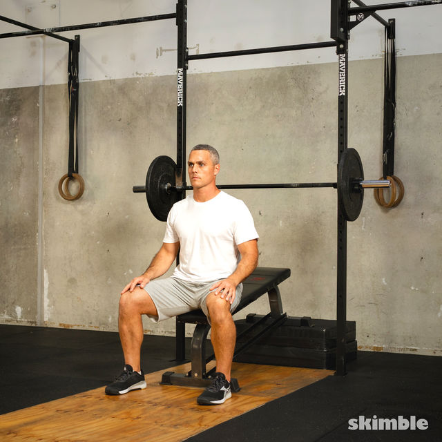 How to do: Barbell Incline Bench Press - Step 1