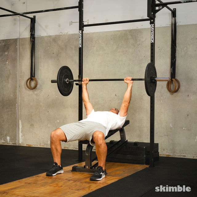 How to do: Barbell Incline Bench Press - Step 3