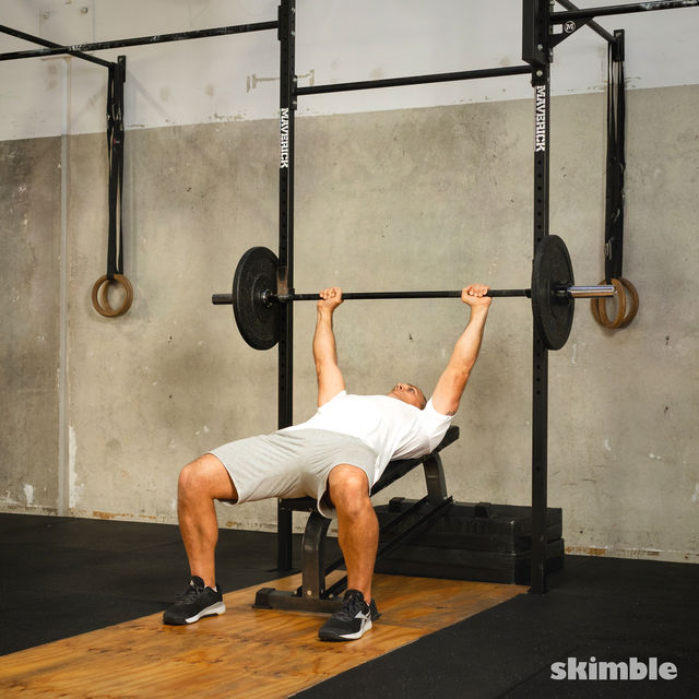 How to do: Barbell Incline Bench Press - Step 6