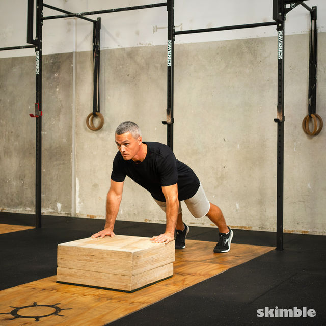 How to do: Burpees on Step - Step 5