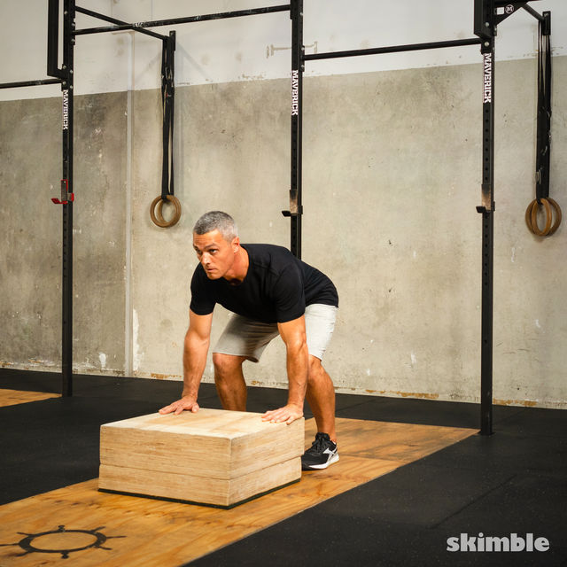 How to do: Burpees on Step - Step 6