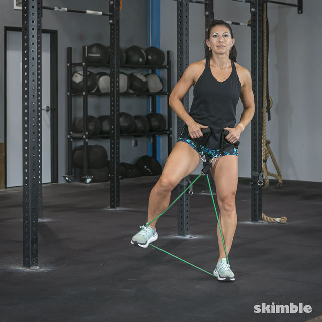 How to do: Lateral Step with Band - Step 6